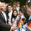 على شرف مرور 50 سنة على العلاقات الدبلوماسية بين إسرائيل وألمانيا نظمت مؤسسة إيبرت نقاشا عاما حول موضوع: مستقبل الماضي – ألمانيا إسرائيل – بين مواجهة الماضي وبلورة المستقبل
